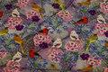 Lys grå bomuldsjersey med blomster og fugle