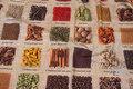 Mellemsvær bomuld med flotte krydderi-motiver