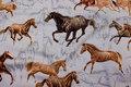 Galoperende heste på bomuld