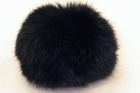 Pompon, sort kaninpels  ø ca. 8cm.