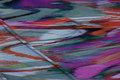 Let bluse-polyestercrepe med kulørte striber på langs