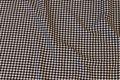 Hanefjed i sort og hvid ca. 8 mm tern