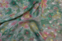 Semi-transparent polyester chiffon i lys grøn og rosa