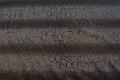 Sort polyesterjersey med skyggetryk af bogstaver
