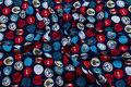 Marineblå bomuldsjersey med røde-turkise-hvide cirkler