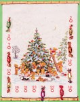 Pakkekalender i råhvid med bamseflok, der pynter juletræ