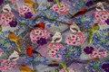 Digitaltrykt bomuldsjersey med fugle og blomster