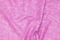Fast bomuld i pink med lille gren mønster