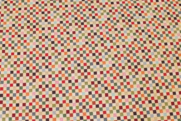 Møbelgobelin med ca. 10 mm tern i røde, grønne farver