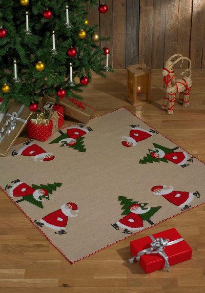 Juletræstæppe, firkantet, med søde nisser og grantræ