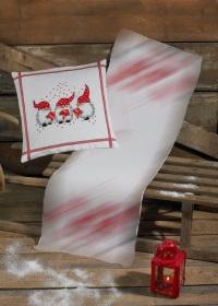 Hvid julepude med tre små nisser. Permin .