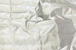 Imprægneret quilt i sølvfarvet til jakker og veste m.m.
