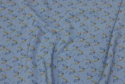 Micro-polyester i dueblå med diskret blomst i marine og guld