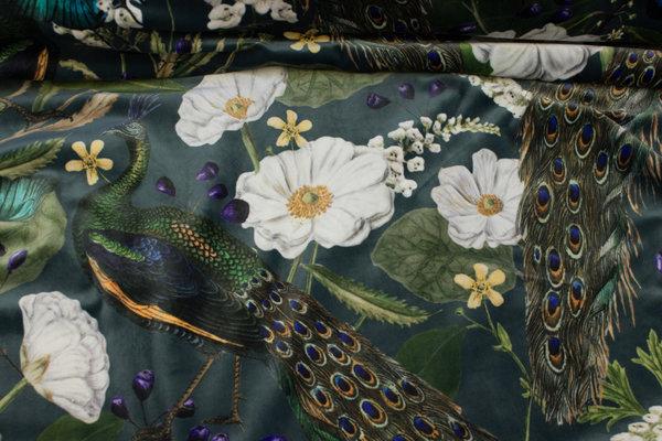 Flot velour i mørk blågrøn med påfugle og blomster i digitaltryk