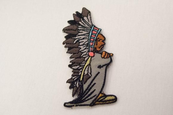 Indianerhøvding strygemærke 8 x 3 cm