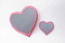 Reflekshjerter med pink kant - 5 og 2cm
