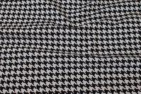 Sort hvid hanefjedsmønstret møbelstof