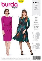 Kjole, slankt design, taljebinding. Burda 6164.