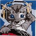 Permin 9284. Kat med hovedtelefoner.