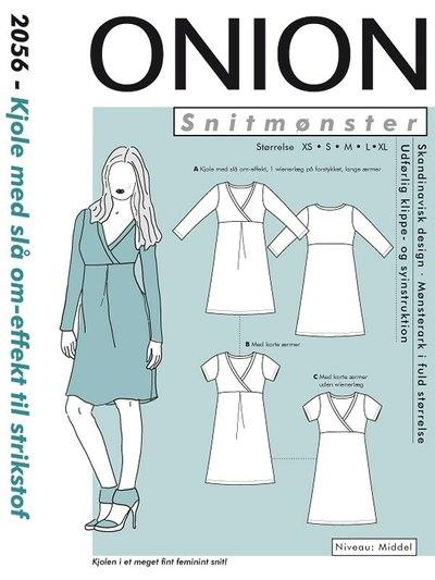 Kjole med slå om-effekt