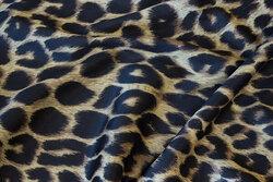 Halvblank polyesterjersey i leopardmønster