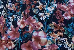 Viscosejersey flot blomstret