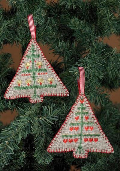 Broderede juletræer til juletræet
