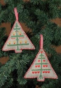 Broderede juletræer til juletræet. Permin 21-3245.
