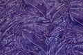 Batik-bomuld i lilla og lyslilla.