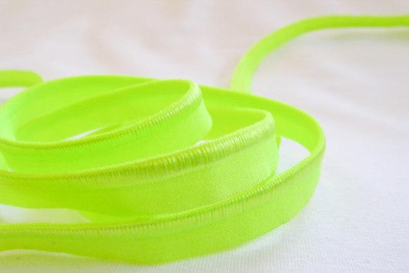Elastik tittebånd i neongul/grøn