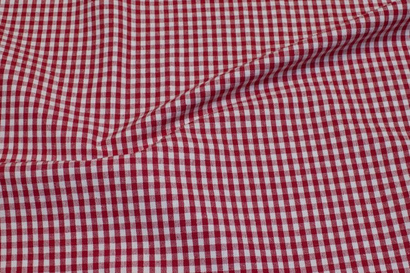 Groftvævet genbrugs-bomuld i rød og hvid, 0,5 cm tern