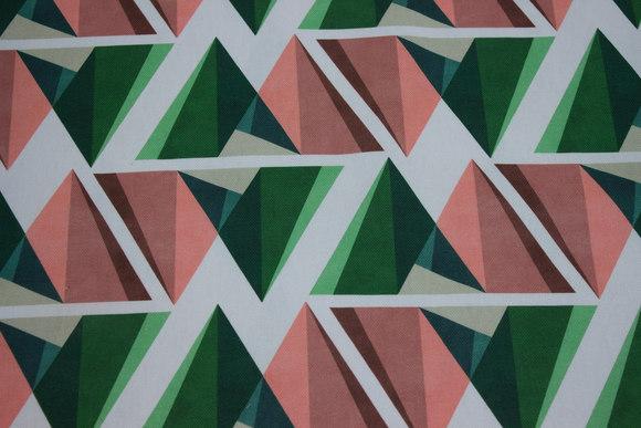 Kraftig bomuld i off white med grafisk mønster i grøn og coral