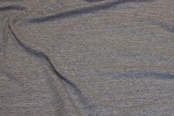 Ruet isoli i meleret grå