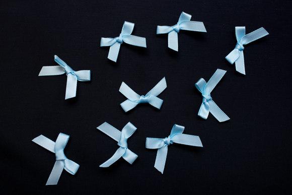 Små blå sløjfer ca 2,5cm