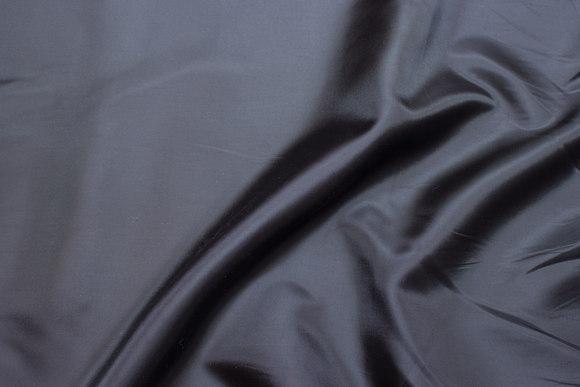 Stræksatin mørk grå