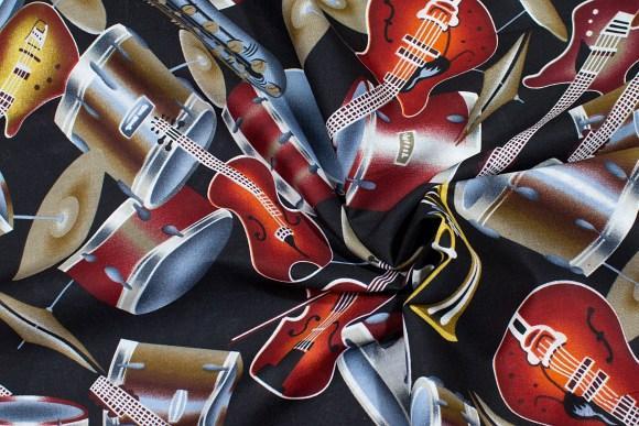 Sort bomuld med musikinstrumenter