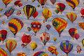 Lyseblå patchwork bomuld med farvestrålende luftballoner