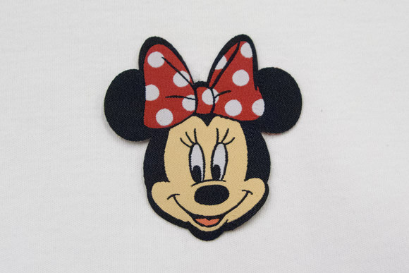 Minnie Mouse strygemærke 6x6cm