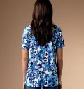 Top eller skjorte med v-udskæring