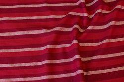 Almue-stribet bomuld i røde farver