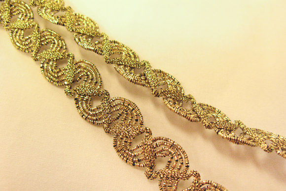 Ornamenteret guldbånd 1,5cm