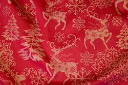 Rød duge-satin med julemotiver i guld