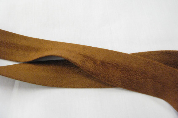 Ruskindslook skråbånd cognac 2,7cm