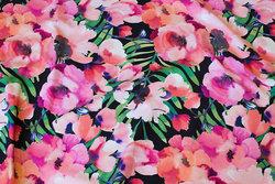 Sort bomuldsjersey med pink og lyserøde blomster