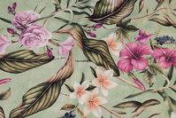 Støvgrøn, mellemsvær bomuld med mørk pink blomster