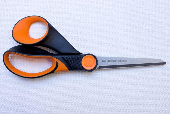 Titanium coated saks 23 cm
