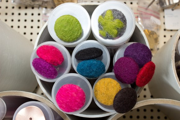 Filtet uld knapper 28mm specialfremstillet