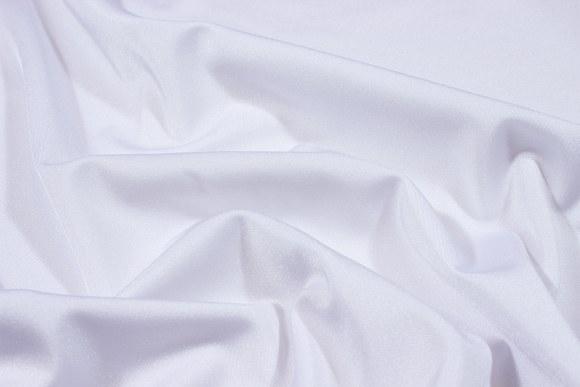 Hvid stretchlycra til dansetøj, toppe og leggings.