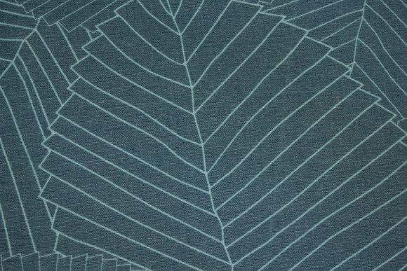 Kraftig textildug i jadegrøn med lys grønt stregmønster