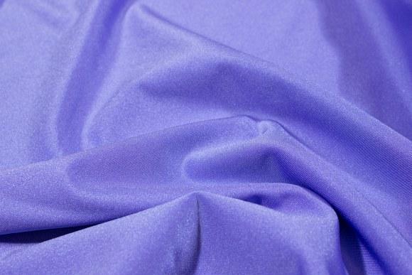 Lys lilla stretchlycra til dansetøj, toppe og leggings.